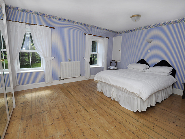 Double bedroom with a double bed which can be made up as a single