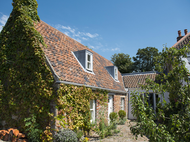 External view of the lovely Apple Tree Cottage