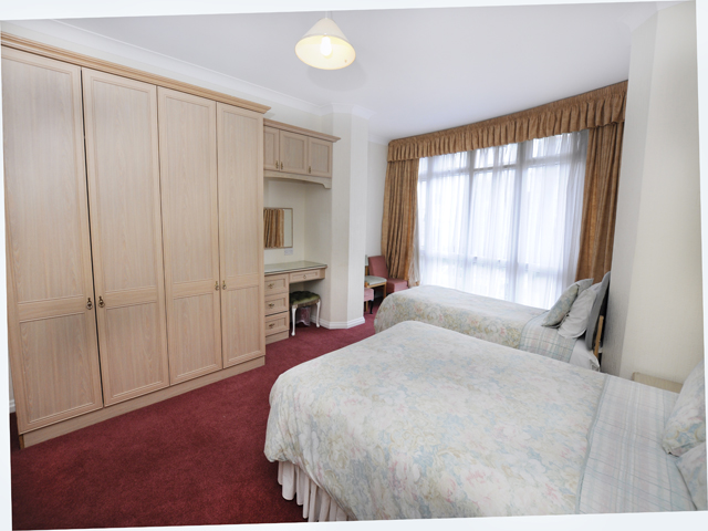Bedroom with double bed and up to 2 single beds