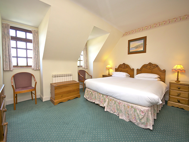 Double bedroom with double bed which can be made up as 2 singles