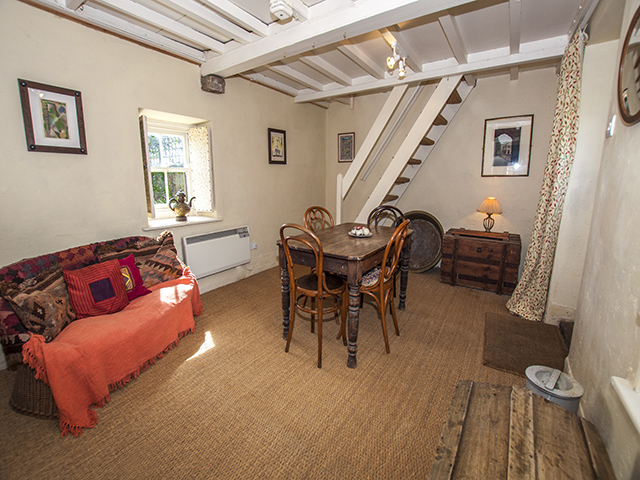Second view of 'The Snug'. Note steep stairs to second twin bedroom