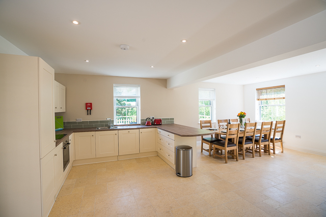 Fully fitted kitchen and spacious dining area