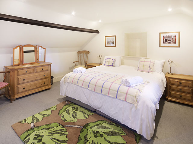 Samares Manor Forge, master bedroom. Freedom Holidays, Jersey