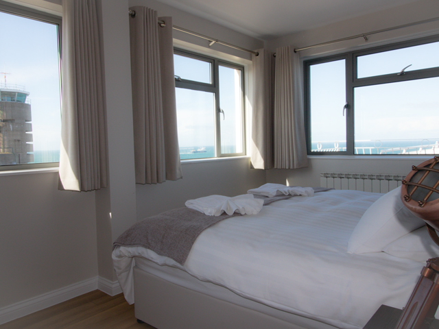 Apartment 1 Bedroom with panoramic views over Radio Tower and Corbiere Lighthouse