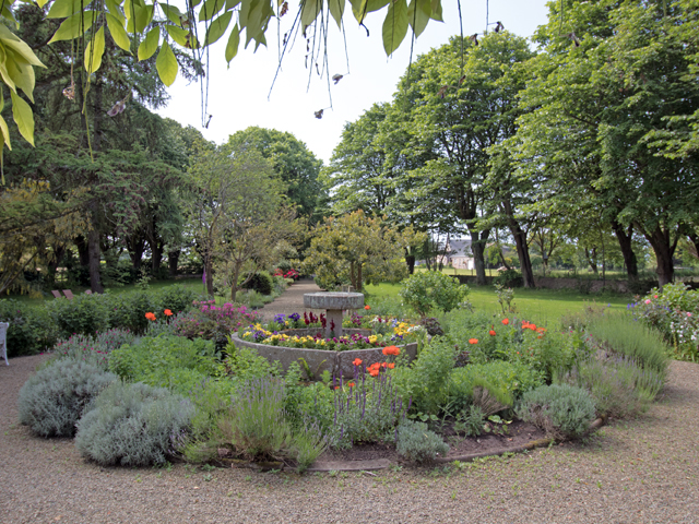 The gardens are well tended and beautiful throughout the year