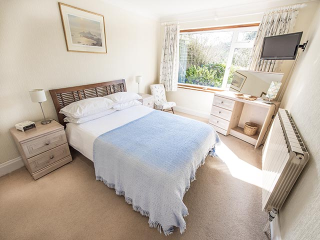 Sunny and bright double bedroom
