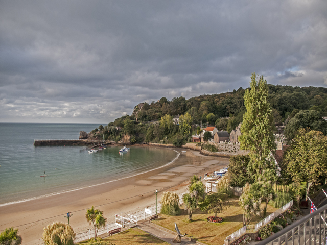 The very popular beautiful St Brelade's Bay is the nearby